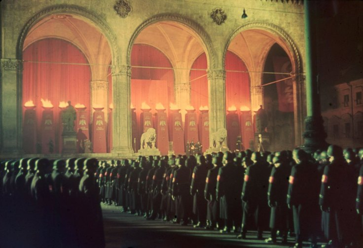 16 Annual midnight swearing-in of SS troops at Feldherrnhalle, Munich, 1938[1]