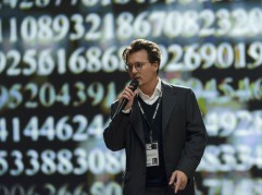 la-et-mn-transcendence-johnny-depp-movie-reviews-critics-20140418