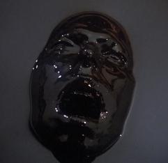 Riker_wearing_the_skin_of_evil